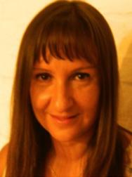 Dra. Laura da Costa Porto