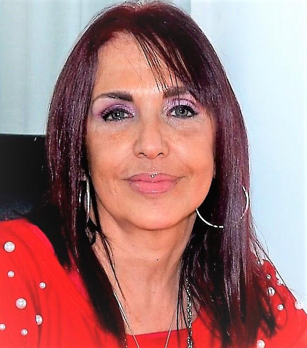 Dra. María Elena Viera